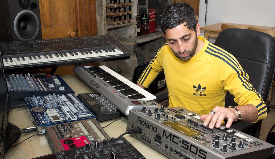 """Darius Syrossian ремикшировал классику Todd Terry """"Bounce To The Beat"""""""