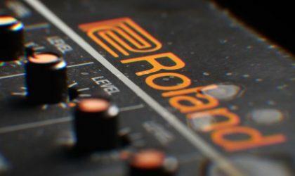 Смотрите ролик документального фильма «808»