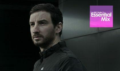 Слушайте Essential Mix от Max Cooper