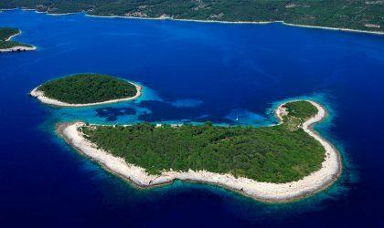 Британские промоутеры фестиваля Unknown покупают остров в Хорватии