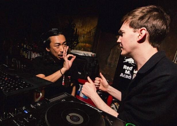 Слушайте бэк-ту-бэк сет Бена Уфо и DJ Nobu в Токио