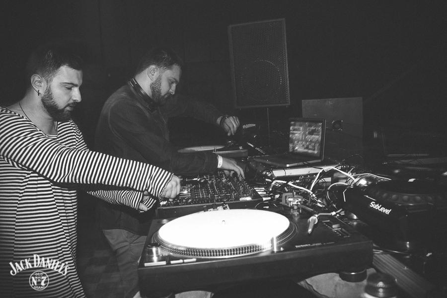 Слушайте микс Ideology of Sound с сентябрьской вечеринки Amber Muse's [spek-truhm]