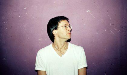 Слушайте Essential Mix от Roman Flügel