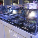 Pioneer CDJ & DJM Tour1
