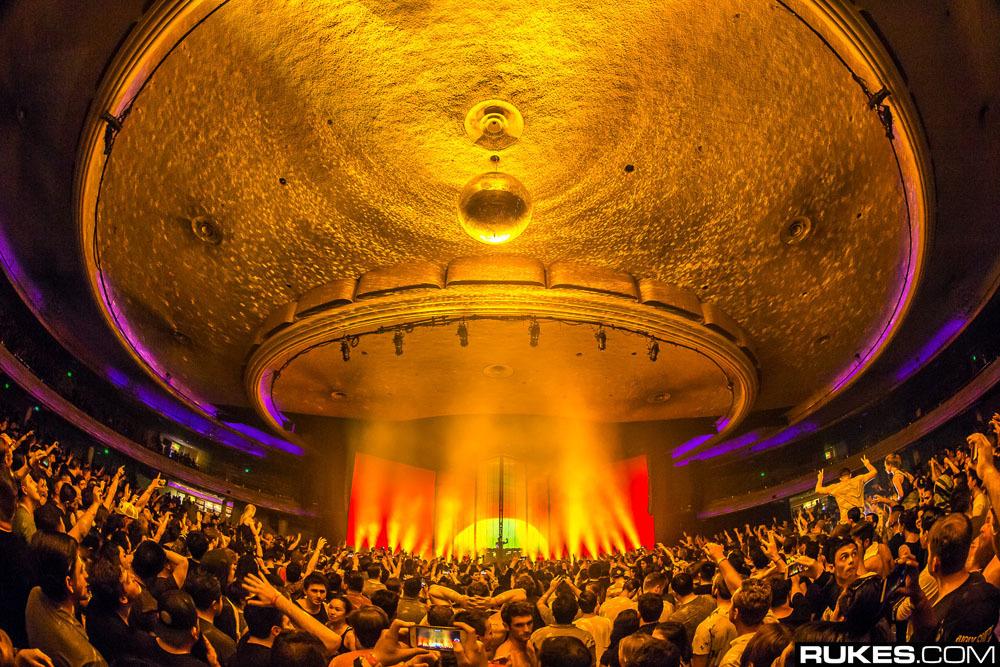 Eric Prydz показал фотографии со своего нового шоу Epic 4.0