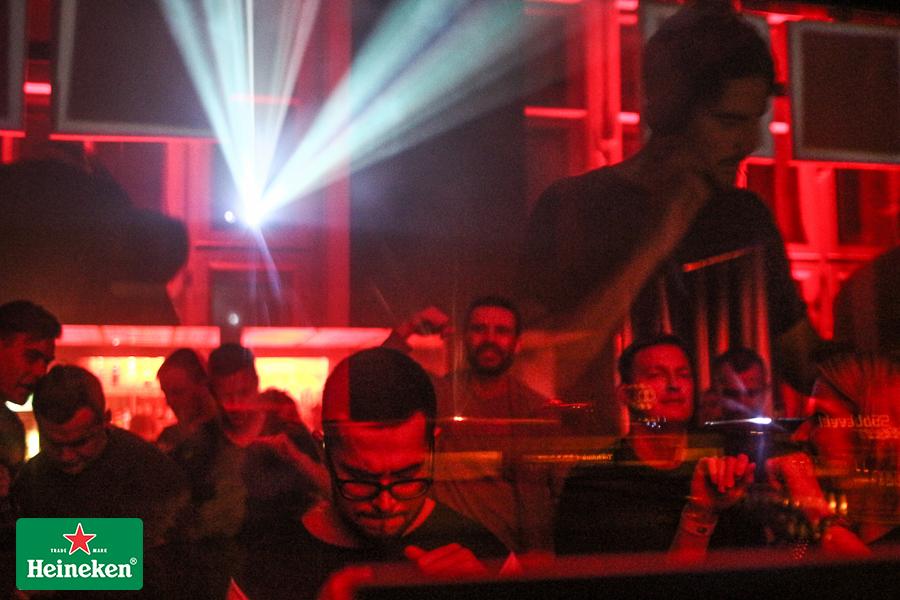 Фотографии с выступления Burnski на вечеринке Amber Muse