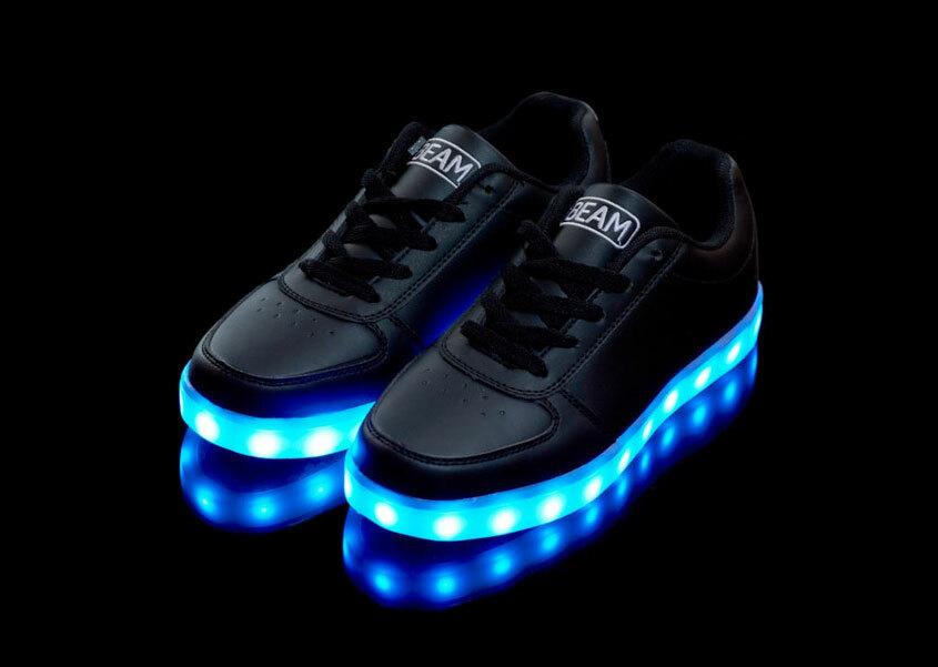Кроссовки с подсветкой для взрослых. Официально!
