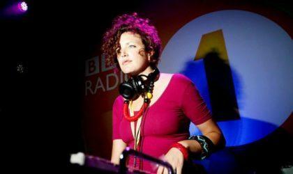 Слушайте Essential Mix с фестиваля Glastonbury
