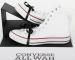 В новую модель кед Converse будет встроена беспроводная гитарная педаль