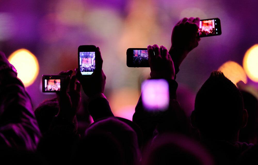 Apple может начать блокировать iPhone от съемок на концертах