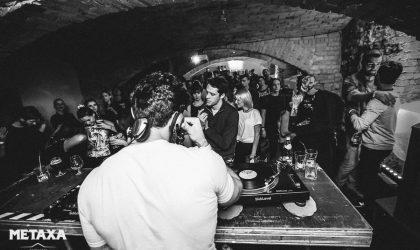 Фотографии: Amber Muse's Secret Basement party