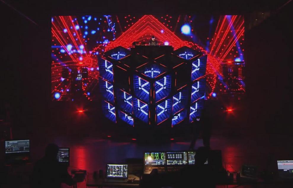 Deadmau5 в подробностях показал свою новую сцену Cube 2.1