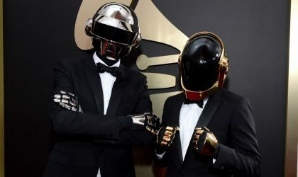 Смотрите выступление Daft Punk на вручении Grammy и видео из их попап-магазина