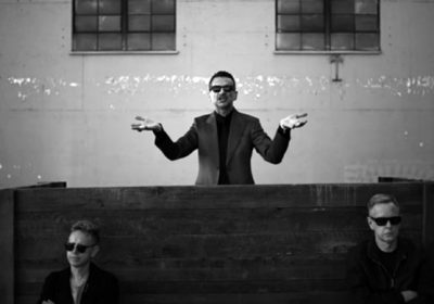 Сингл Depeche Mode «Where's The Revolution» ремикшируют Simian Mobile Disco и еще шесть артистов