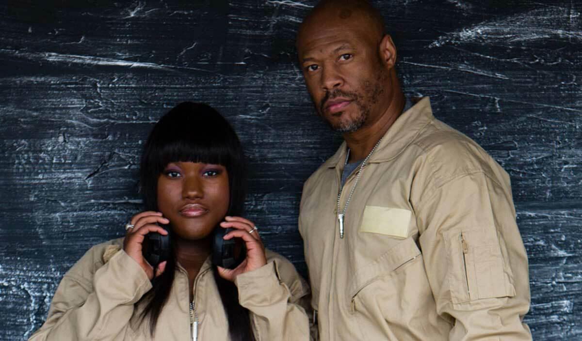 Robert Hood вместе с дочерью сыграл Essential Mix под именем Floorplan