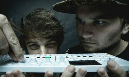 Camo & Krooked в своем Essential Mix сыграли более 100 треков