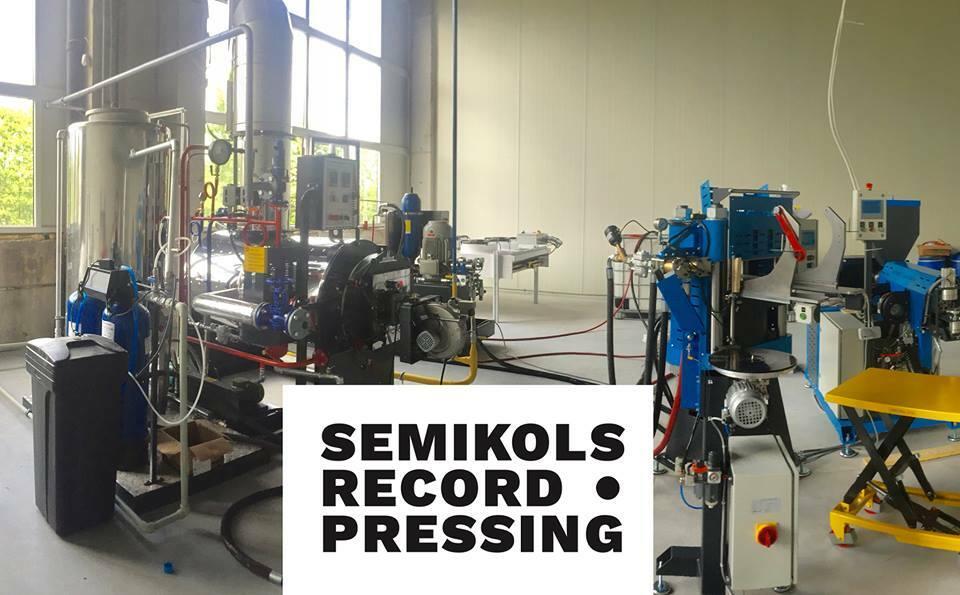 В Риге открылся завод по штамповке пластинок Semikols
