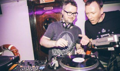 Фотогалерея с виниловой вечеринки Disco Assorti x Das Boot