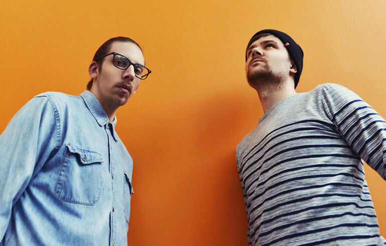Британский драм-энд-бейсовый дуэт SpectraSoul сыграл новый Essential Mix
