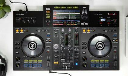 Pioneer DJ представила контроллер XDJ-RR «все-в-одном» для Rekordbox