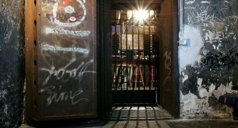 Дверь клубa Tresor станет экспонатом в новом музее