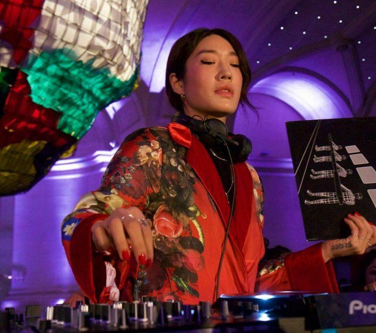 Пегги Гу сыграла интеллигентное техно на вечеринке Cercle в Париже