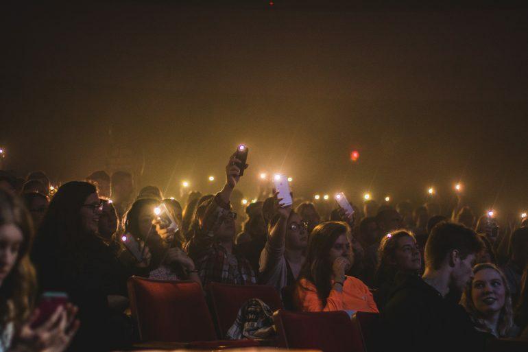 смартфоны на концертах