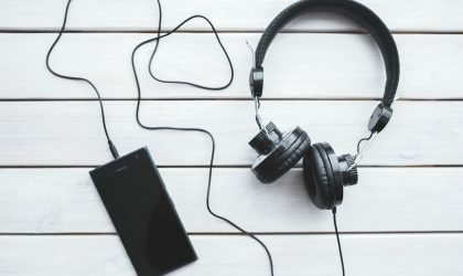 Стриминг составляет 75% доходов от музыки в США