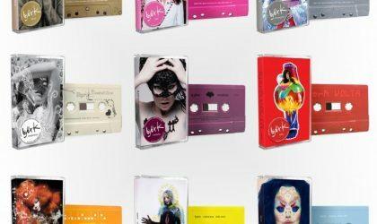 Björk переиздаст свои альбомы на цветных кассетах