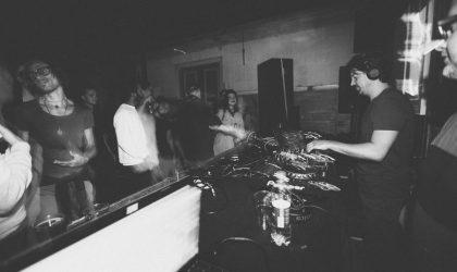 Фотогалерея: Amber Muse's Fakultät в клубе Autentika 17 мая