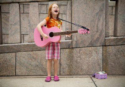 Мэрия Нью-Йорка выделила полмиллиона долларов на поддержку женщин в музыке