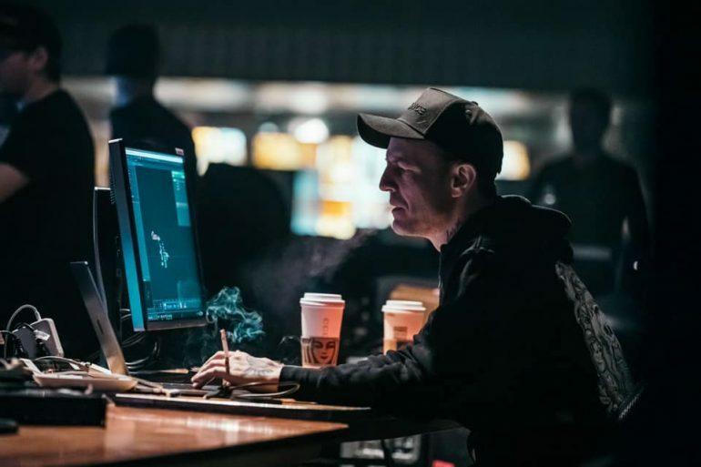 Нетрезвый Deadmau5 посоветовал заткнуться звездам EDM Dimitri Vegas & Like Mike