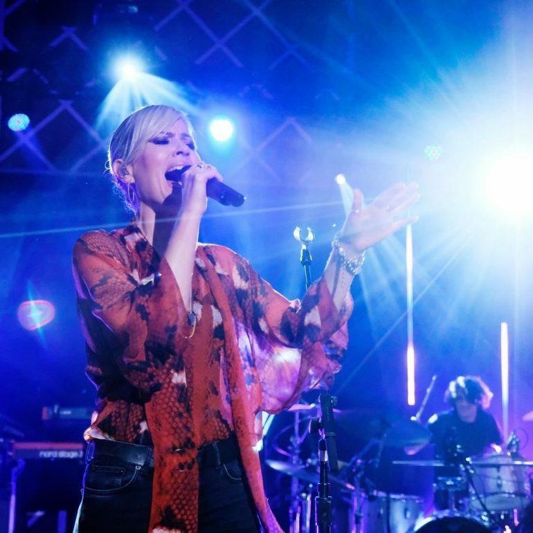 Летом в Сигулде выступит британская артистка Dido