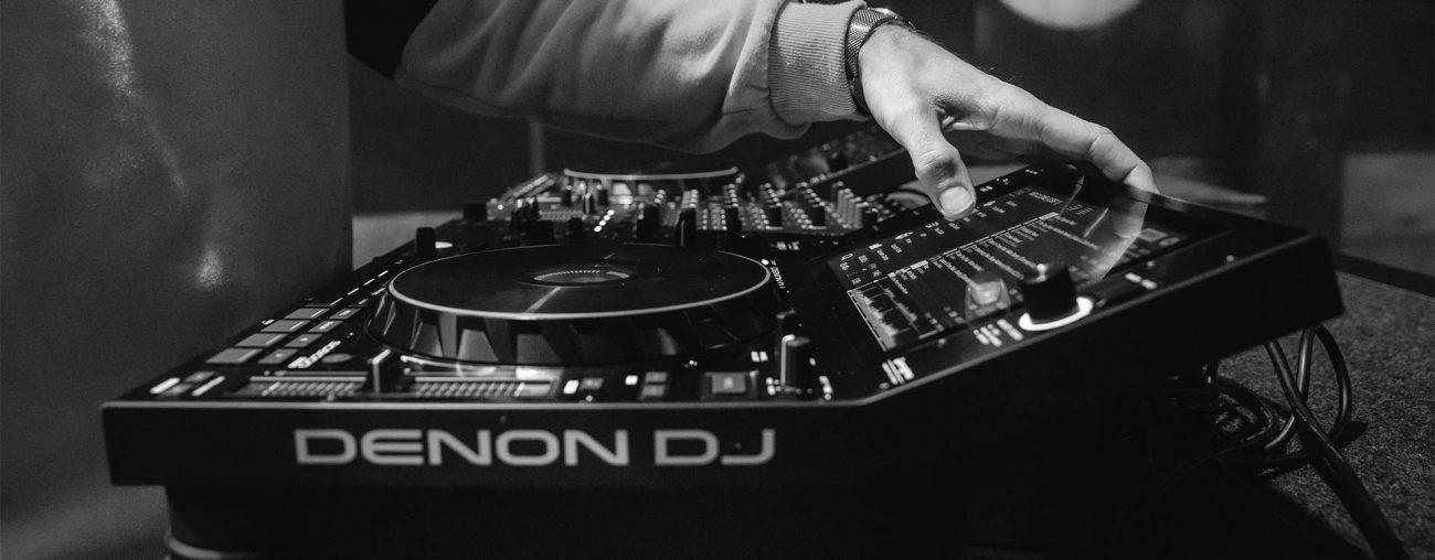 Denon выпустит два новых флагманских медиа-проигрывателя для диджеев