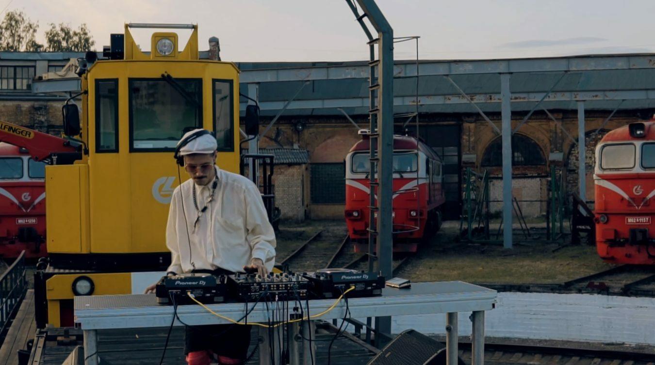 Смотрите сет Jaroška из вильнюсского локомотивного депо