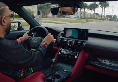 Lexus встроила проигрыватель пластинок в кастомный авто IS Wax Edition