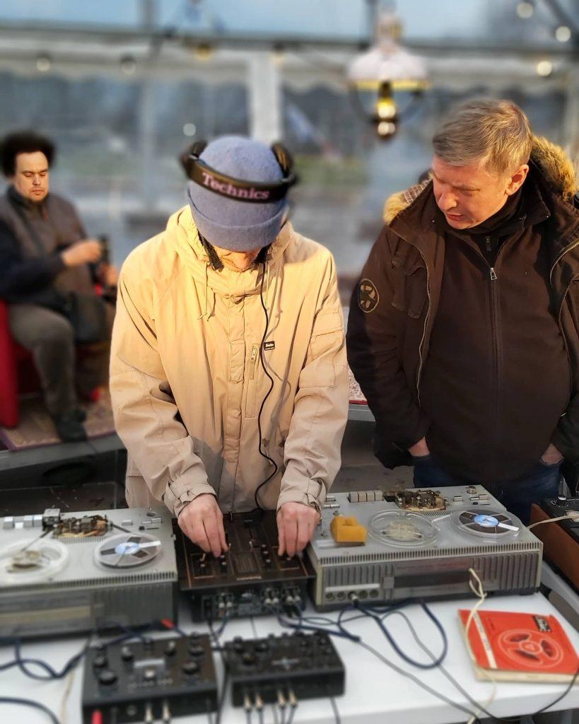 Mixmaster Raitis, Eastbam