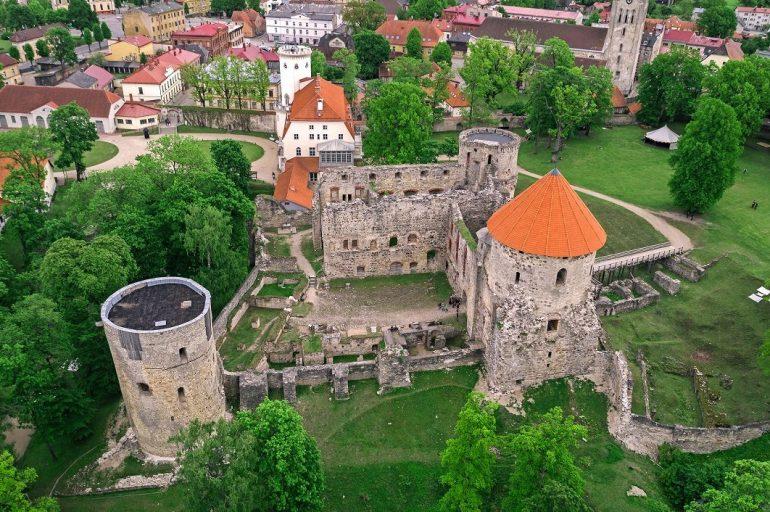 В латвийских замках этим летом выступят Matrixxman, Emmanuel и Anna Haleta