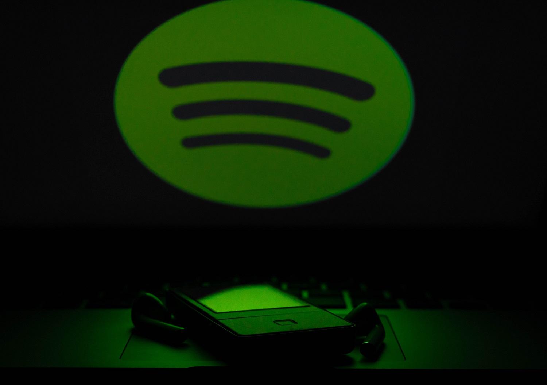 Spotify теперь стримит диджейские миксы