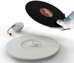 saTurn vinyl player-yankodesign05